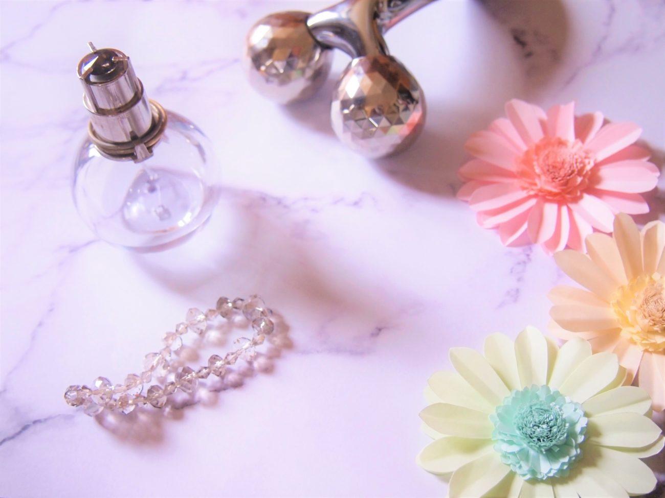 ローラさんプロデュースの人気香水『Vasilisa(ヴァシリーサ)』の香りと口コミ