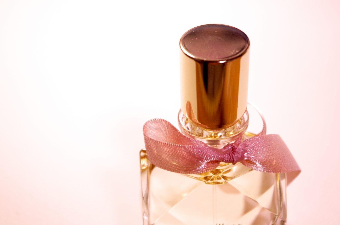 「THE モテ香水」と称えられる『クロエ』の人気香水を一挙まとめて紹介します!