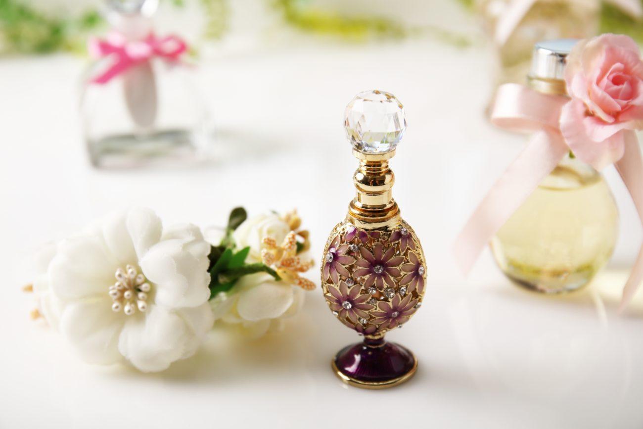 アメリカの歌姫『アリアナ・グランデ』プロデュースの人気香水まとめ
