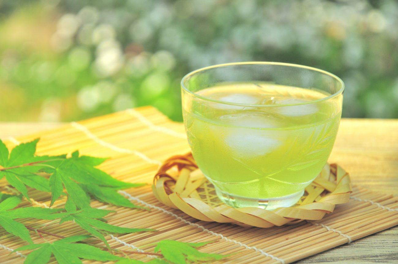 エリザベスアーデン『グリーンティー オードトワレ』は爽やかなお茶の香りが男女ともに好評!